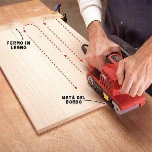 Come usare la levigatrice a nastro